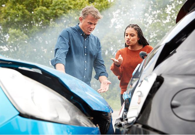 женщины чаще попадают дтп мужчины разбивают автомобиль хлам