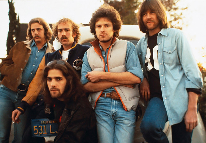 самым продаваемым альбом группы eagles