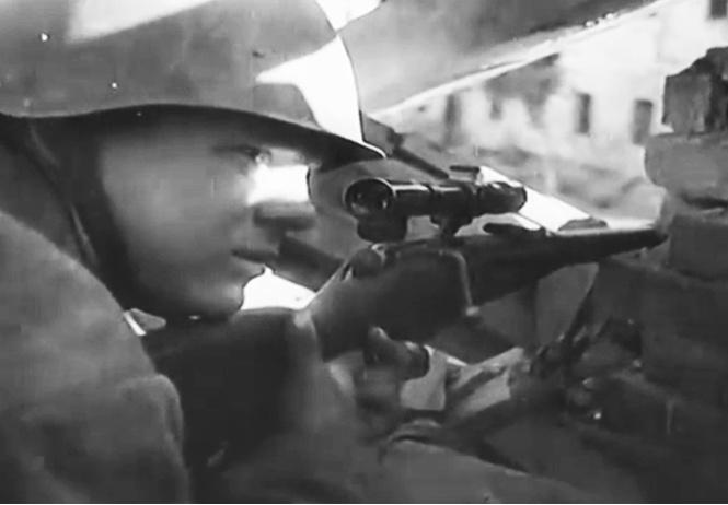 Снайпер дома Павлова: реальное видео, как Анатолий Чехов убивает своего 40-го фашиста, прилагается