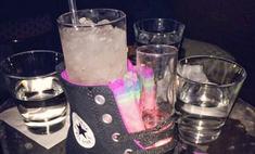 странных способов подачи напитков барах