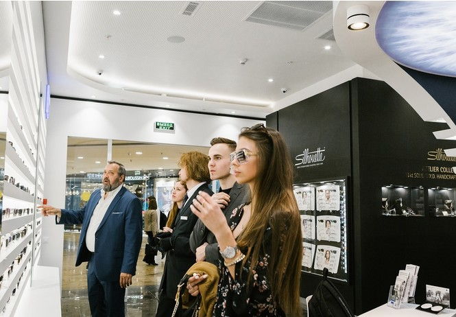 zeiss vision center москве устроили торжественное открытие