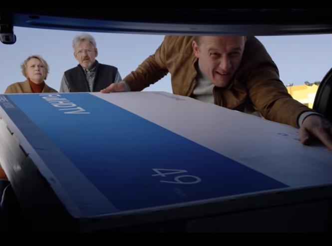 часики-то тикают новая провокационная реклама автомобиля