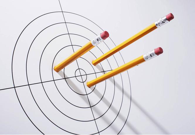 Почему карандаши желтые