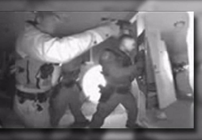 В Аризоне полиции пришлось штурмовать дом, чтобы забрать непривитого ребенка