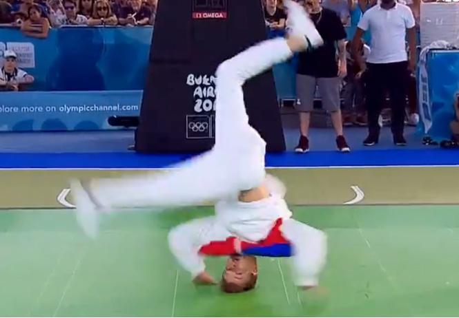 Россиянин стал олимпийским чемпионом по брейкдансу (видео прилагается)