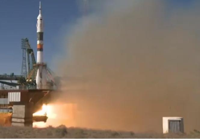 ракета союз-мс двумя космонавтами потерпела аварию старте видео