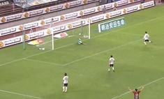 Чудо-гол: футболист забил победный мяч почти с нулевого угла (почти невероятное видео)