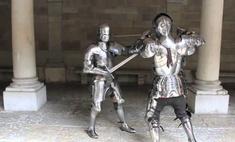 На что способен воин во французских доспехах XV века (видео)