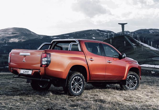 Mitsubishi L200: охота на охоту?
