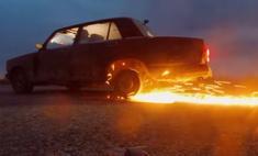 видео автомобилю мужики