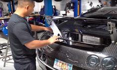 Как выглядит замена масла на Bugatti Veyron (видео)