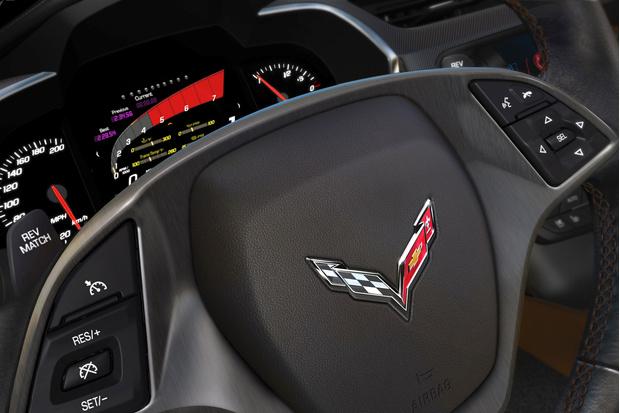 Фото №2 - Corvette Stingray — мощный и киногеничный спорткар из недалекого будущего