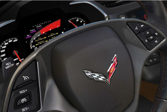 Corvette Stingray - мощный и киногеничный спорткар из недалекого будущего
