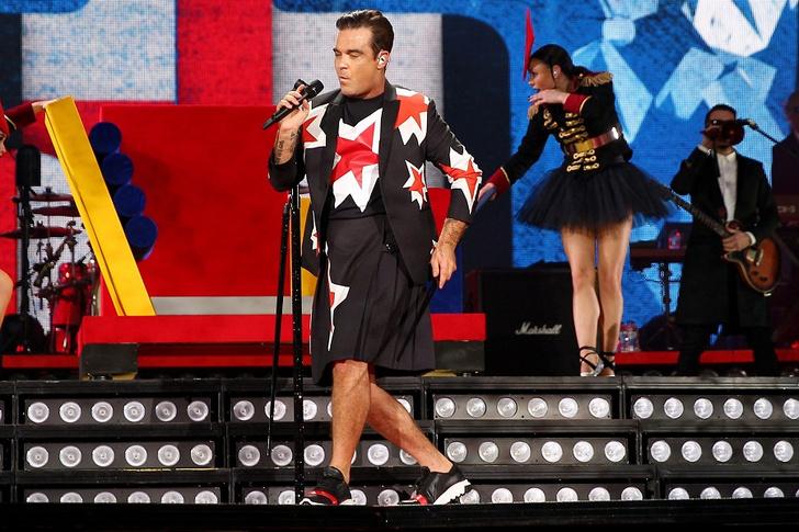 Фото №1 - Отрывайся как русский на концертах Робби Уильямса!
