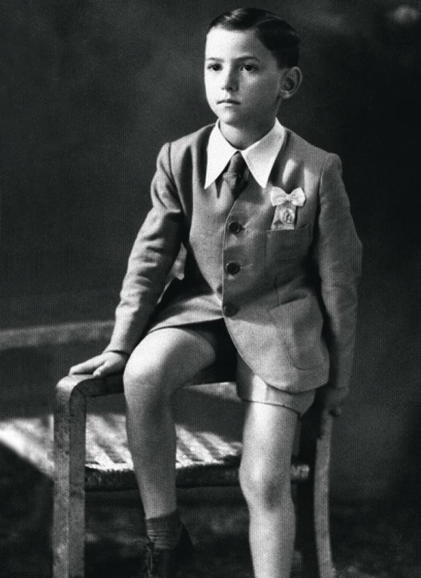 Фото №2 - Облико скандале! Берлускони: невероятные приключения итальянца в Италии