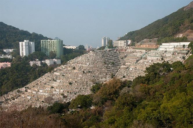 Некрополис Пок Лу Фам в Гонконге