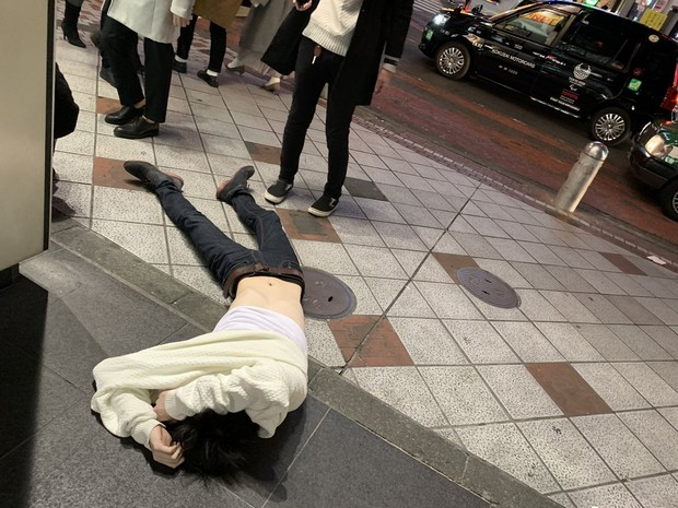 Фото №1 - В Токио пить: 35 фото и видео про японцев и алкоголь
