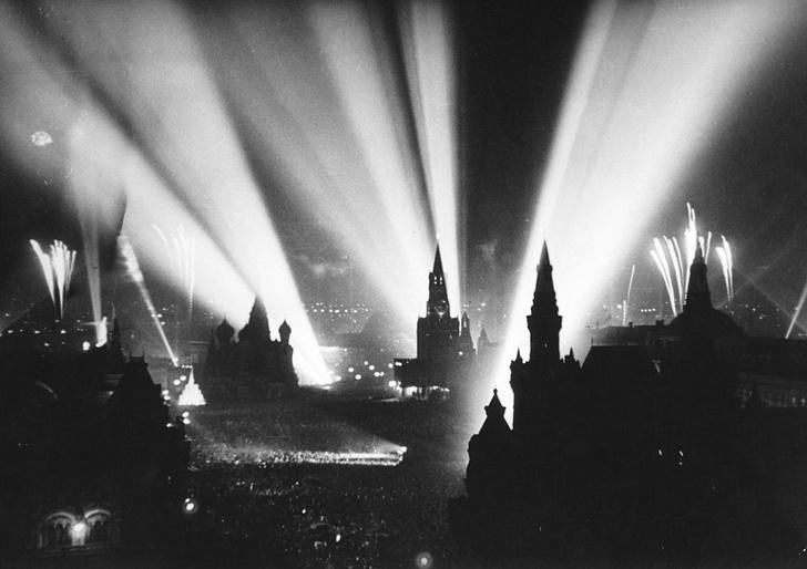 Фото №9 - Русский разведчик смеется перед расстрелом. И еще 8 поразительных фотографий Второй мировой войны