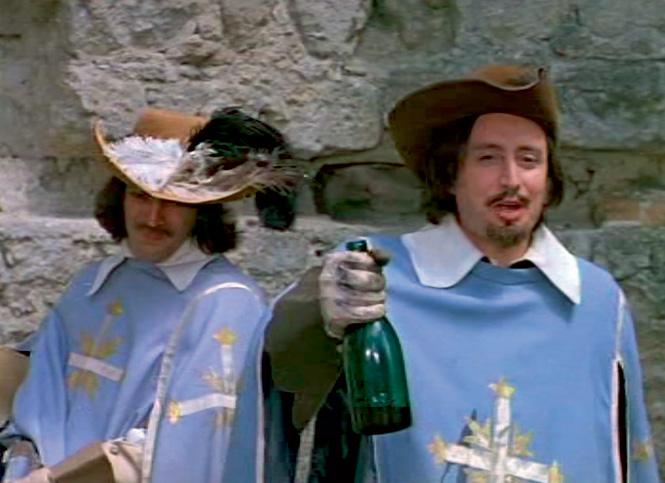 Поддельное «бургундское» сами мушкетеры тайком  заменили на настоящее вино