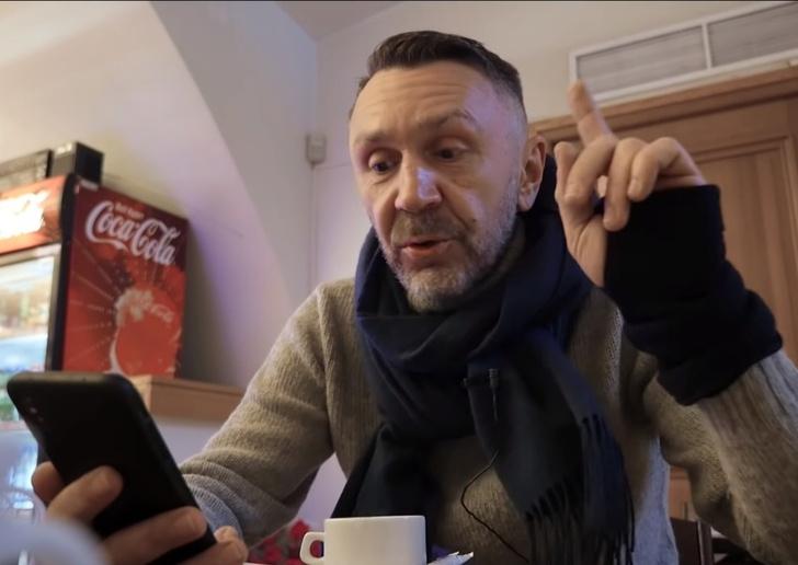 Фото №1 - Шнур рассказал, сколько берет за пост в «Инстаграме» (откровенное видео)