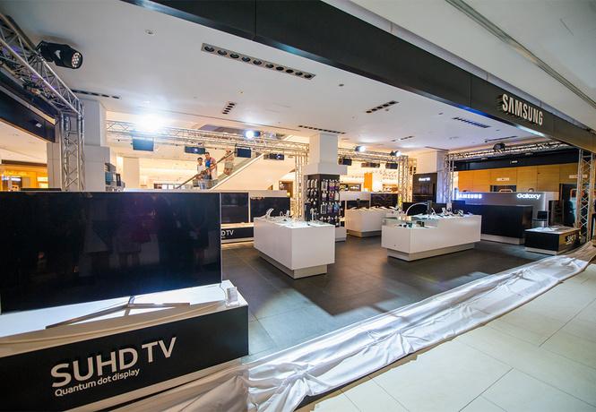 Новый бутик Samsung открылся в ЦУМе!