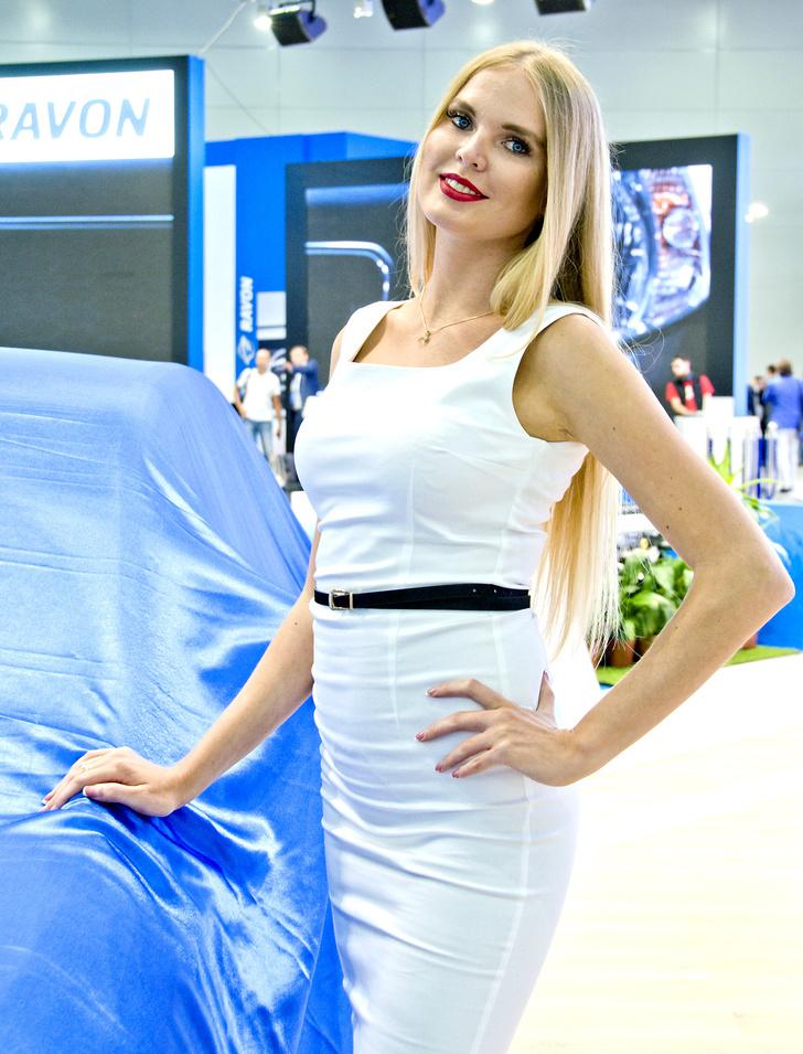 Фото №5 - Лучшие девушки Московского международного автосалона — 2016! Часть 2!