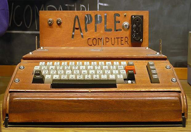 Фото №1 - История Apple в 39 фотографиях