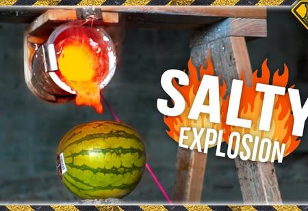 А что если, например, залить в арбуз раскалённую соль? (ВИДЕО)