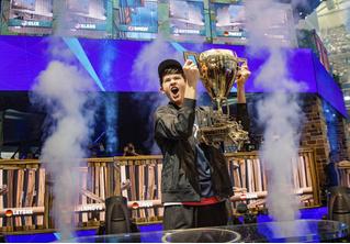 16-летний подросток выиграл 3 миллиона долларов на чемпионате по Fortnite