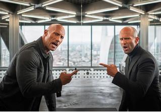 Стейтем и Скала побеждают зло (то есть Идриса Эльбу) в трейлере «Форсаж: Хоббс и Шоу»