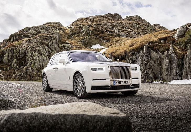 Фото №1 - Мы поездили на новом Rolls-Royce Phantom за тебя. То есть, конечно, для тебя!