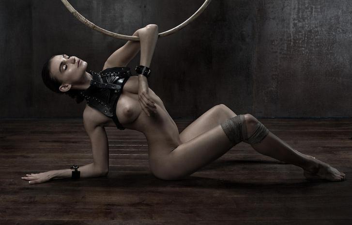 Фото №6 - Николь Кидман, Белла Хадид, австралийские серфингистки и другие самые сексуальные девушки недели