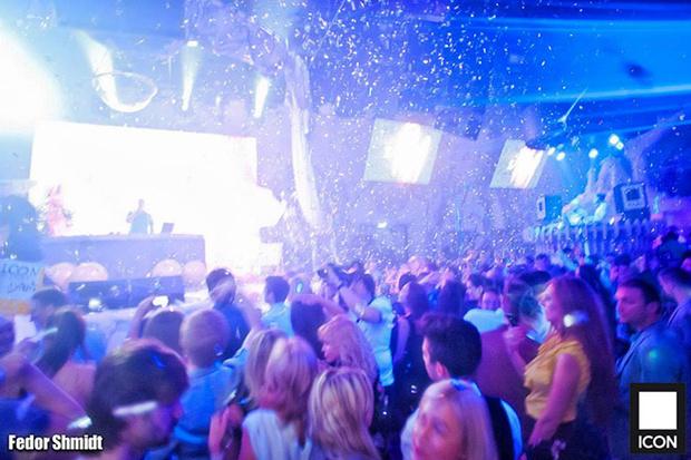 Клуб в москве с трансами ночной клуб великий новгород отзывы