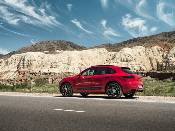 Фото №2 - Однажды Porsche Macan пришел в мир, чтобы нас удивить. И до сих пор не может остановиться.