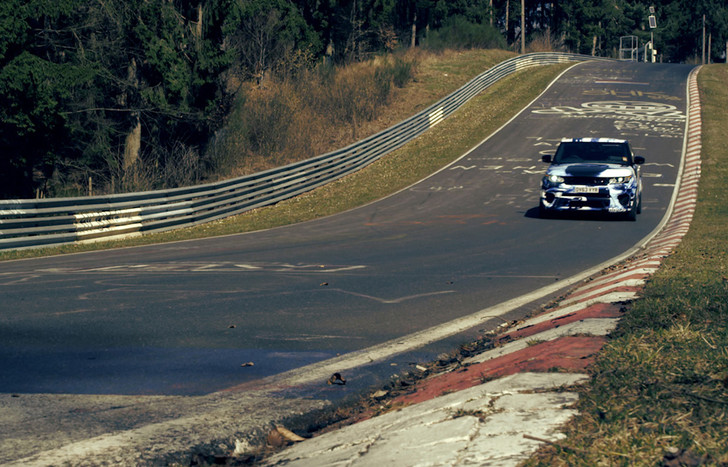 Фото №4 - Range Rover Sport и его рекорды