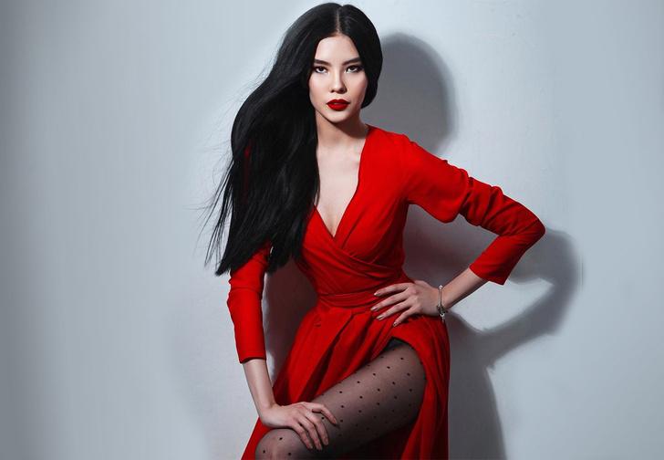 Фото №1 - Болеем за Наталью Строеву — кандидатку от России на конкурсе «Мисс мира»
