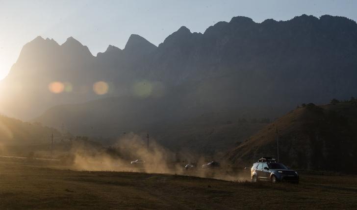 Фото №2 - Как MAXIM вместе с Land Rover Россию открывал!