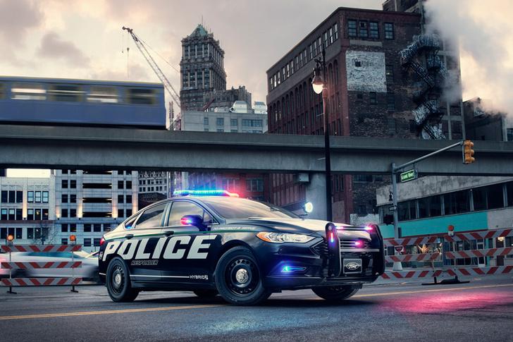 Фото №3 - На пути к Робокопу: Ford запатентовал автономную полицейскую машину