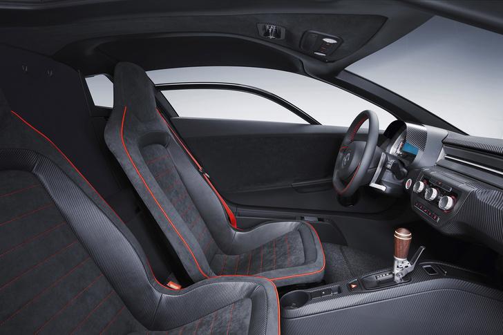 Фото №3 - Автомобильная мутация. Volkswagen XL Sport — результат скрещивания экомобиля и мотоцикла
