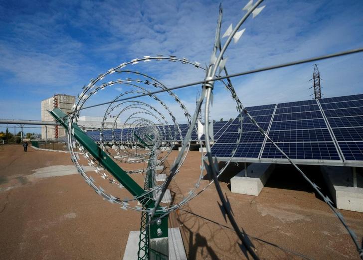 Фото №1 - В Чернобыле открыли солнечную электростанцию