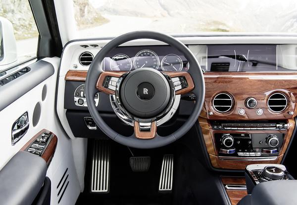 Интерьер Rolls-Royce Phantom VIII, фото 1