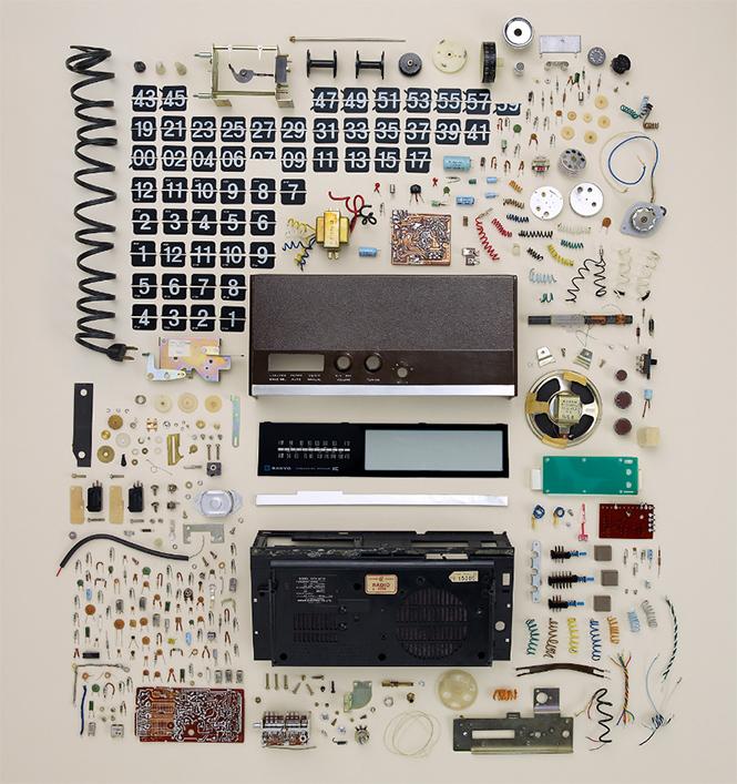 Фото №2 - 10 предметов, разобранных на части: от бензопилы до огнетушителя