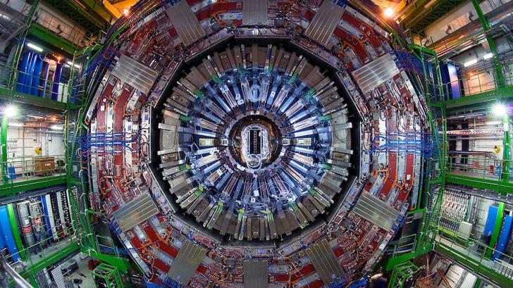 Фото №1 - Большой адронный коллайдер закрыли на двухлетний ремонт