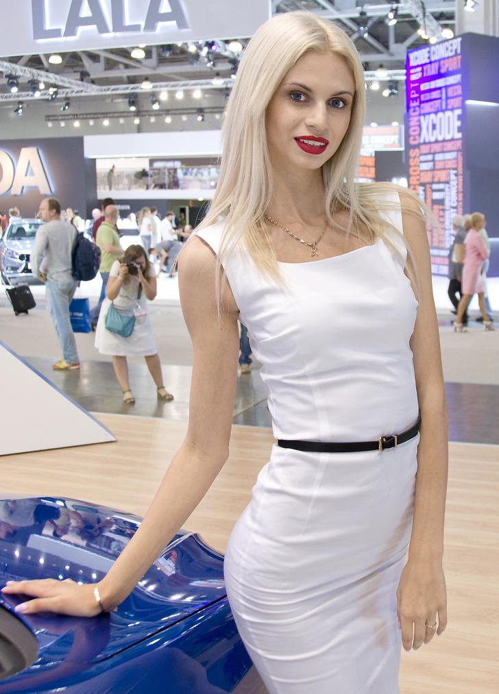 Фото №14 - Лучшие девушки Московского международного автосалона — 2016! Часть 2!