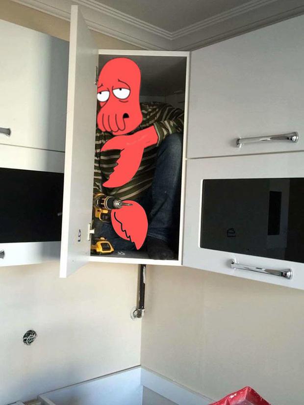Фото №7 - В Сети набирает популярность флешмоб «Надежный шкафчик на одного»