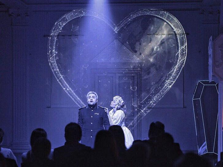Фото №2 - Лучший подарок на 14 февраля — опера-променад «Пиковая дама»!