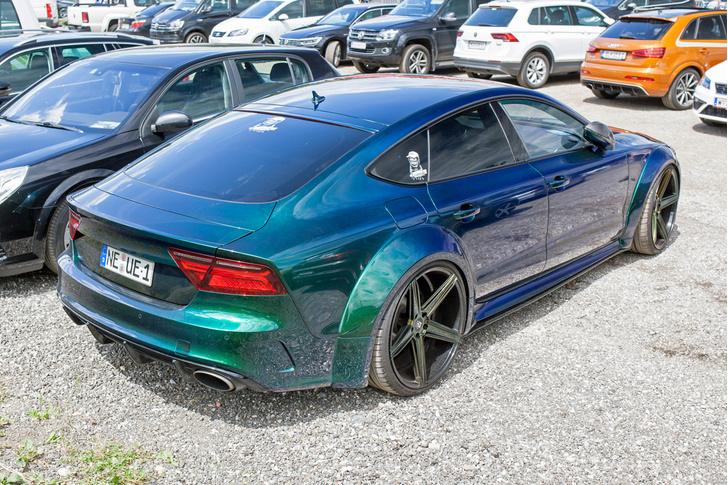 Фото №57 - Самые безумные машины фестиваля GTI Treffen