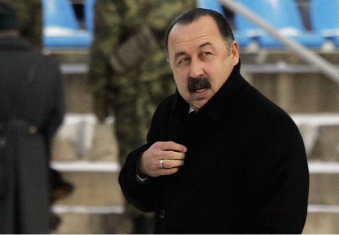 Страшная тайна усов Валерия Газзаева. Зачем он снова пообещал их сбрить?