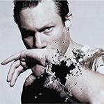 Писатель Дмитрий Глуховский: «Мне хотелось бы верить в Бога, но не получается»