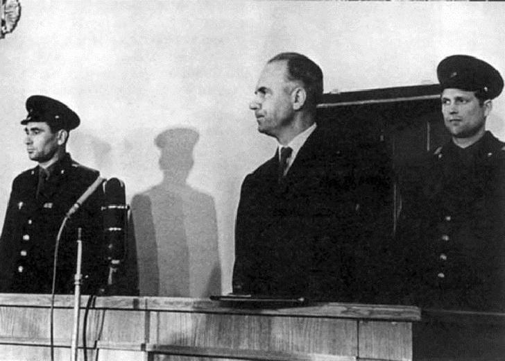 Фото №3 - 7 величайших двойных агентов в истории